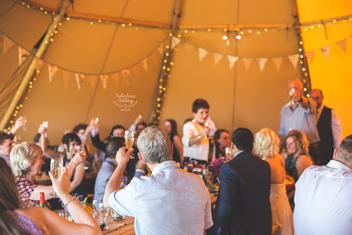 TIPI WEDDING LINCOLNSHIRE CAMBRIDGE PETERBOROUGH RUTLAND LEICESTER NOTTINGHAM NORFOLK